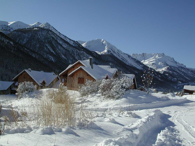 location-meubles-chalet-nevache-hiver