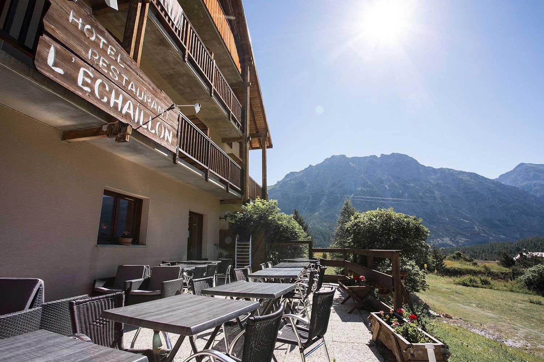 hotel-echaillon-terrasse-soleil