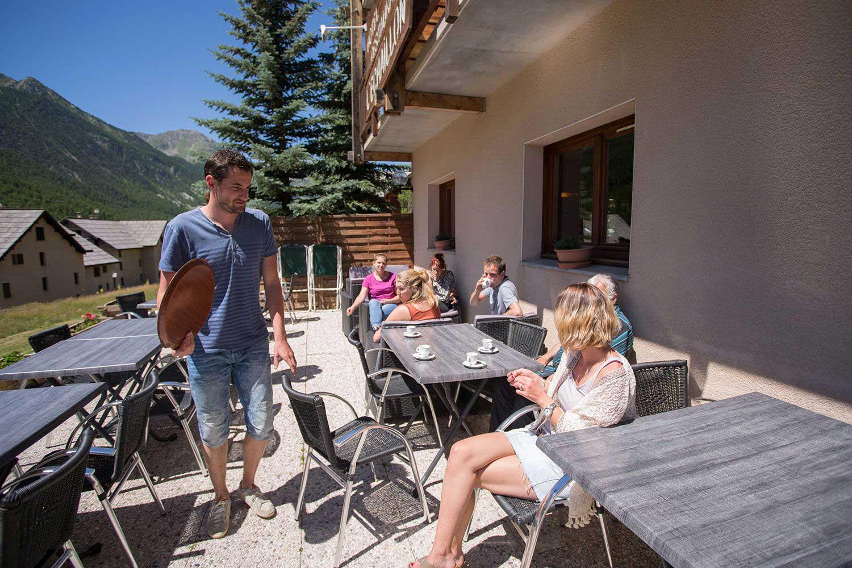 hotel-echaillon-detente-terrasse