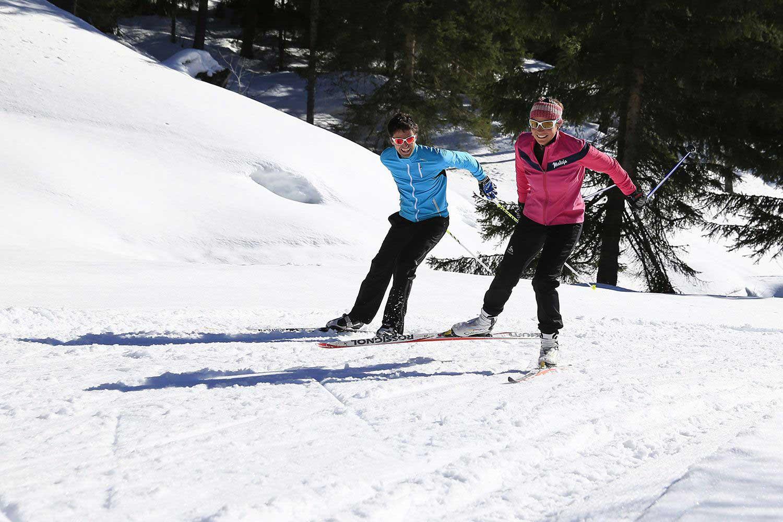 ski-de-fond-en-claree-skating