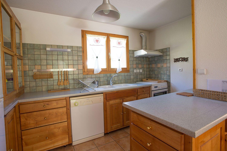location-chalet-meuble-claree-nevache-cuisine
